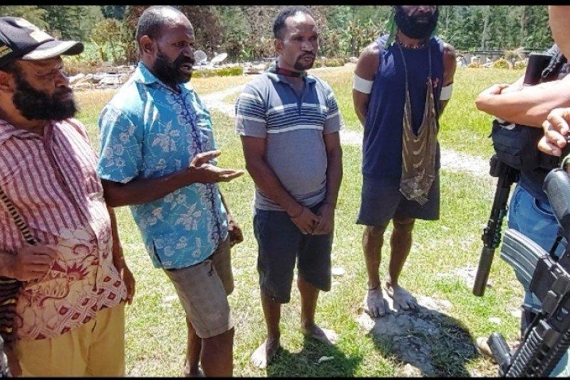 "Tokoh agama: Kampung Beoga sudah ""hitam"" karena ulah KKB"