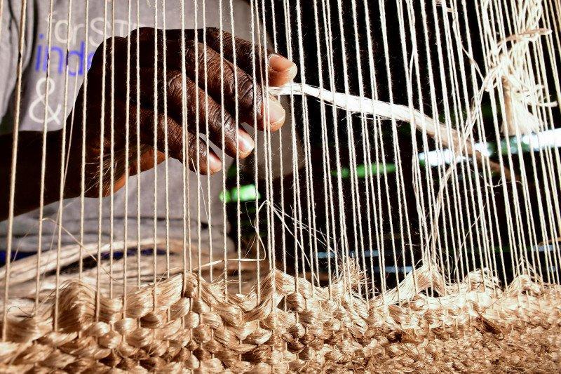 Masyarakat Uganda manfaatkan limbah pisang sebagai karpet