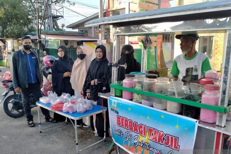 """Komunitas S3 lariskan dagangan """"Pejuang Nafkah"""" di Bukittinggi Agam, begini caranya"""