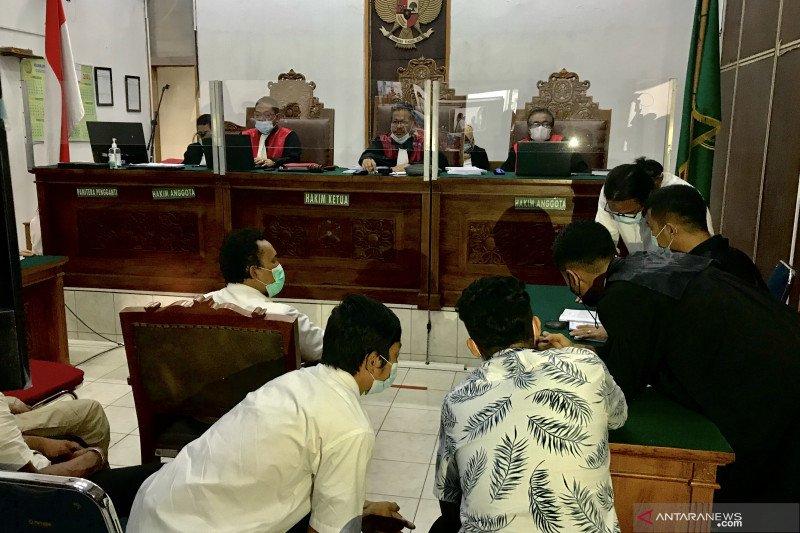 Enam terdakwa kebakaran Kejagung dituntut 1 sampai 1,5 tahun penjara