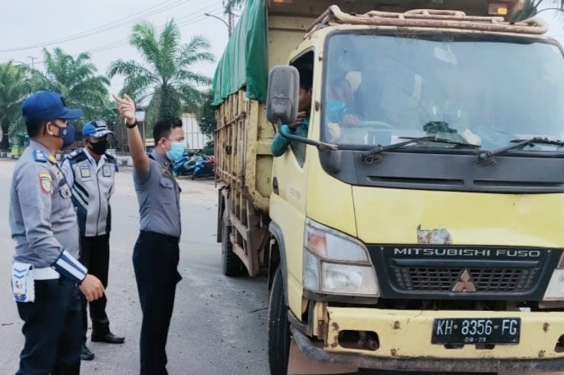 Bupati Kotim arahkan Dishub dan KSOP bahas solusi angkutan Pelabuhan Sampit