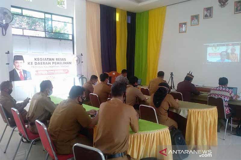 Teras Narang berharap ada Desa Adat di Kecamatan Dusun Selatan