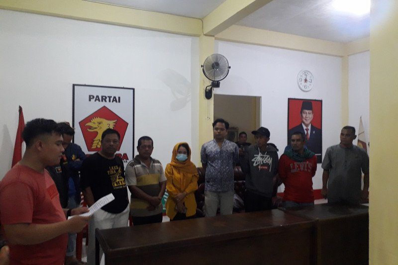 Ditemukan berduaan malam-malam bersama sespri wanita di kantor Gerindra, Ketua DPRD Pasaman Barat minta maaf (Video)