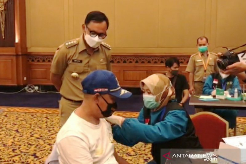 Dinkes Kota Bogor telah vaksinasi COVID-19 kepada 93.901 orang