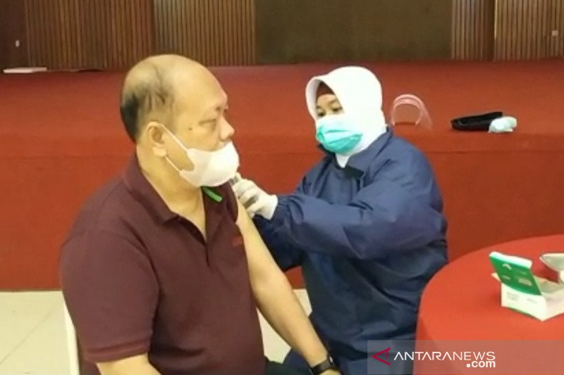 Kota Tasikmalaya vaksinasi ratusan lansia Tionghoa