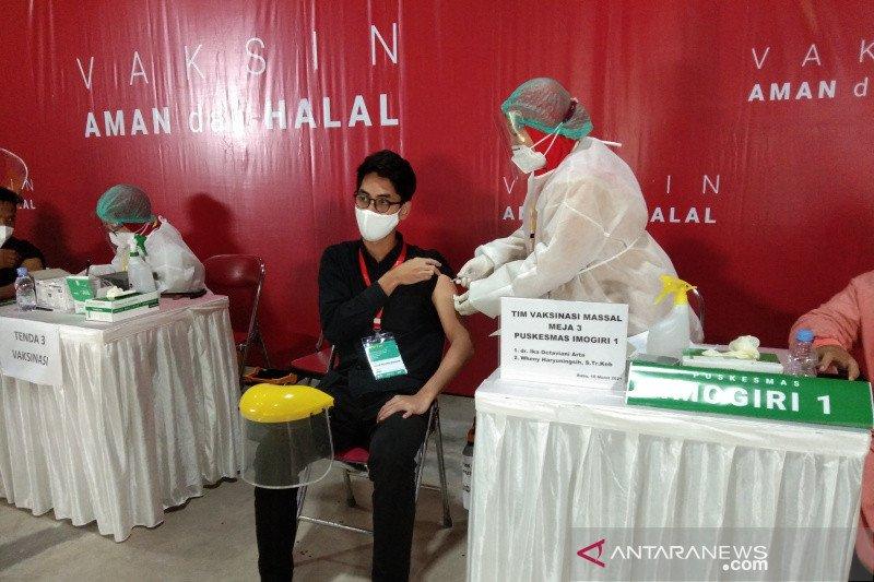Sebanyak 2.743 lansia di Bantul  sudah jalani vaksinasi COVID-19