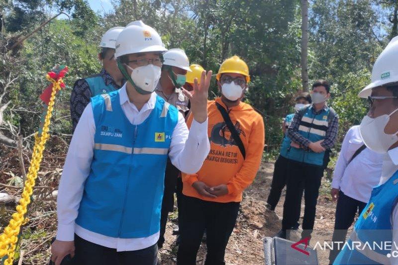 Dirut PLN perintahkan segera bangun menara listrik permanen di Kupang