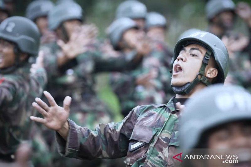 Mantan kuli bangunan di Markas Besar TNI AD menjadi ketua kelas di pendidikan Secata