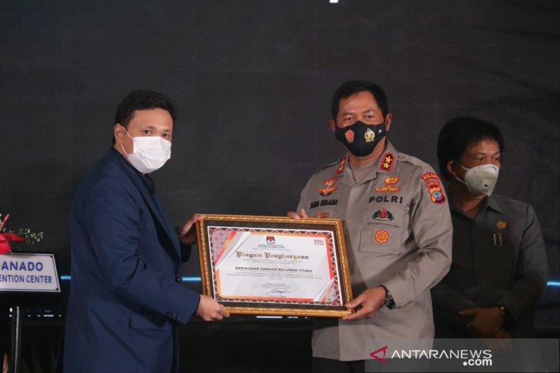 Polda Sulut terima penghargaan dari KPU
