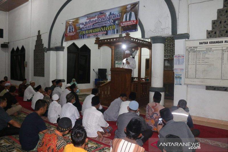 Safari Ramadhan, Bupati Pasaman Barat kunjungi masjid berusia 100 tahun lebih
