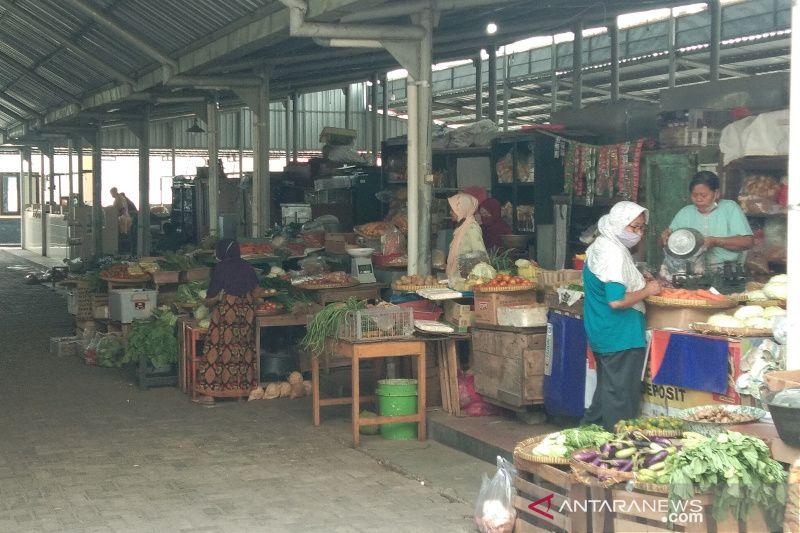 Permintaan meningkat harga daging ayam di pasar Bantul naik