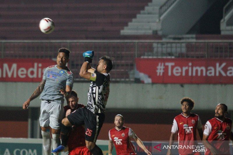Piala Menpora - Pelatih Persib akui timnya kewalahan dengan gol cepat Persija
