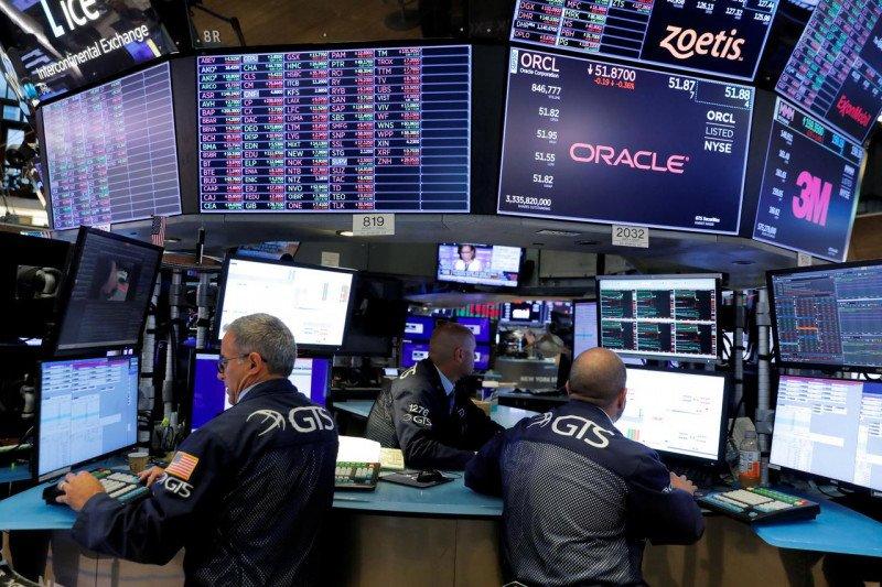 Wall Street bervariasi, Dow di rekor tertinggi