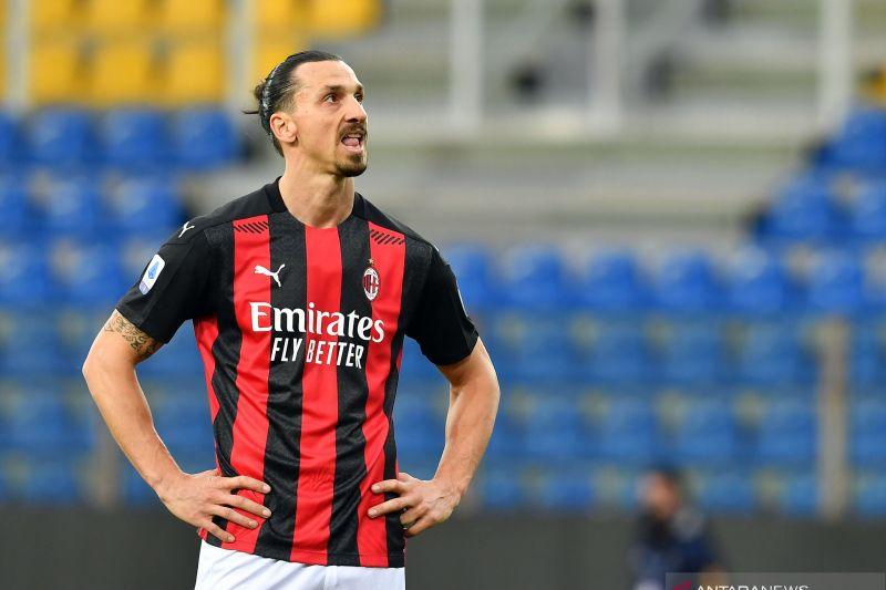 Ibrahimovic dipastikan absen saat AC Milan tandang ke markas Lazio