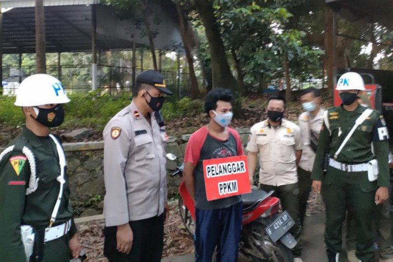 Razia pelanggar PPKM di Kota Bogor jaring 15 orang tak pakai masker