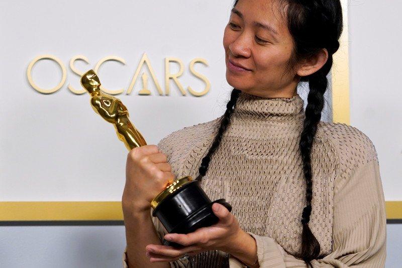"""Nomadland"", film terbaik Oscar 2021, kisah era resesi di Amerika Barat"