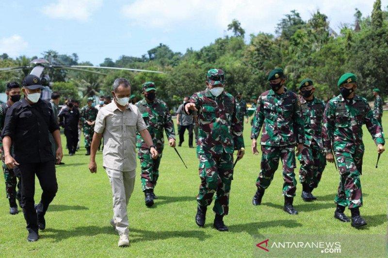 """Koopsgabsus TNI siap """"backup"""" operasi buru teroris di Poso"""