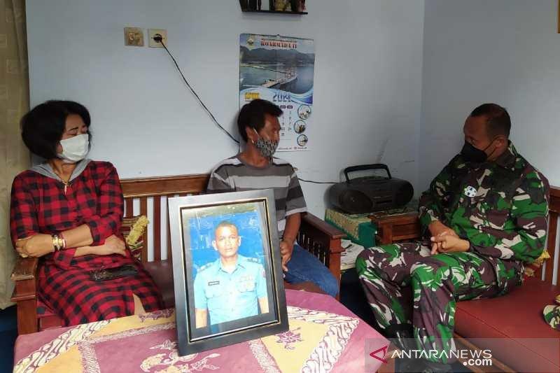 Dandim Magelang kunjungi keluarga Kapten Laut (E) Yohanes Heri