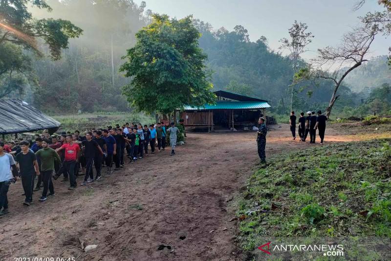 Bom parsel di Myanmar meledak, tewaskan polisi penentang kekuasaan militer