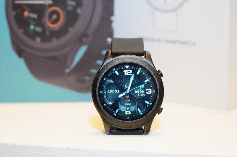 OASE luncurkan jam tangan pintar sporty dengan harga terjangkau