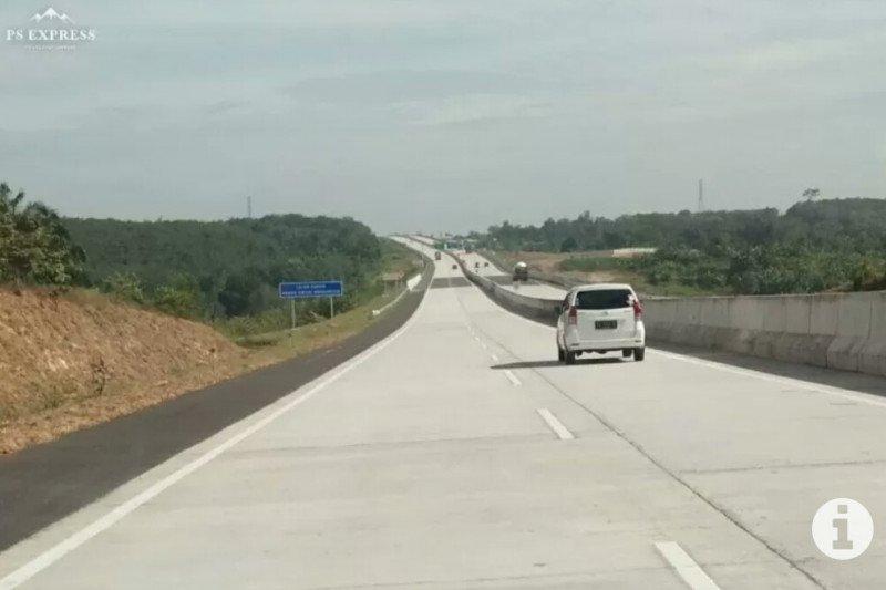Kendaraan lalui Tol Lampung mulai ramai jelang  pelarangan mudik