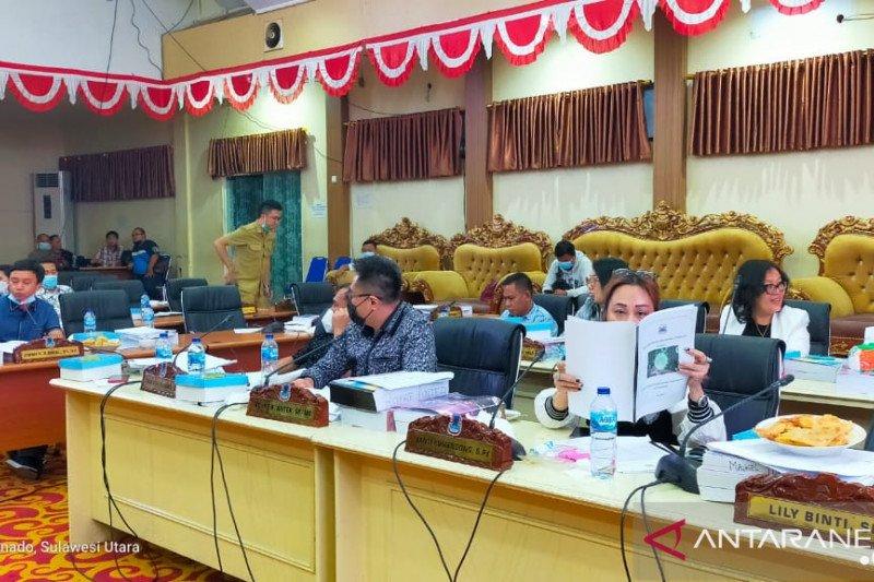 """Pembahasan LKPJ wali kota Manado Pansus-TAPD """"Panas"""""""