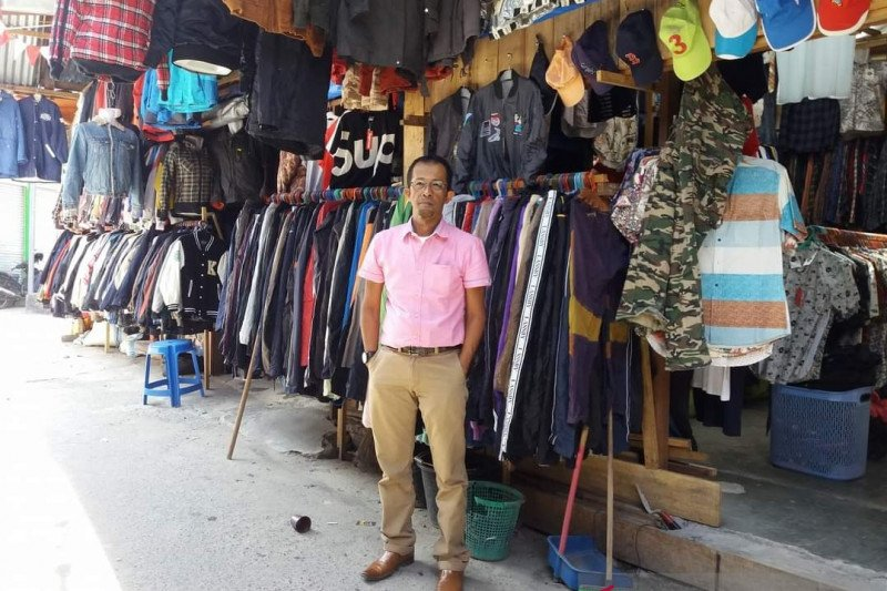 Pedagang Butik seken Pasar Atas Bukittinggi alami penurunan omset hingga 40 persen