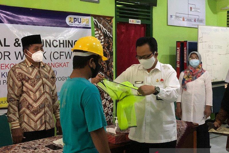Pemkot Yogyakarta berharap padat karya Kotaku tingkatkan pendapatan keluarga
