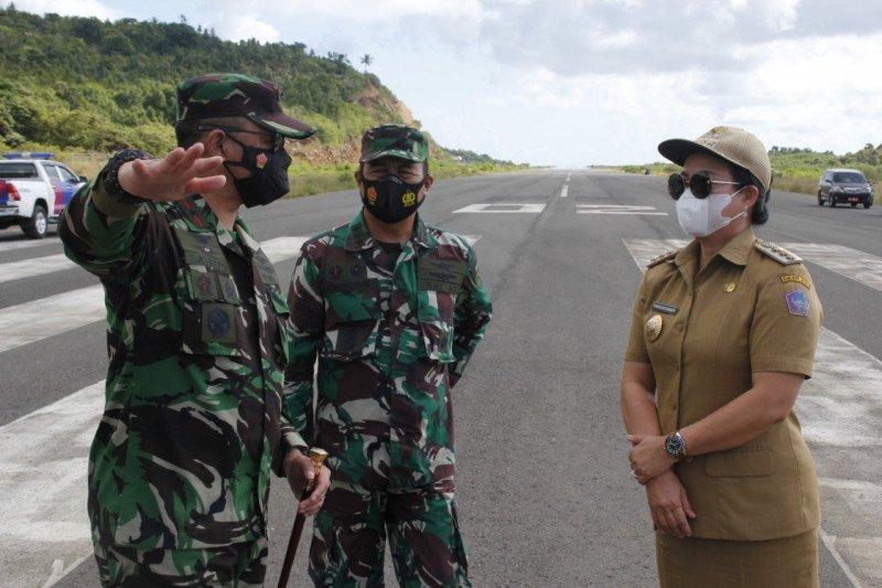 Danlanudsri tinjau lahan pembangunan pos perwakilan TNI AU di Sitaro.