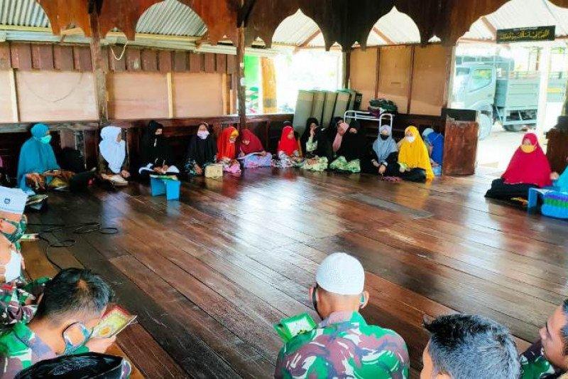 Satgas TNI gelar doa khatam Al Quran bersama warga di perbatasan RI-PNG