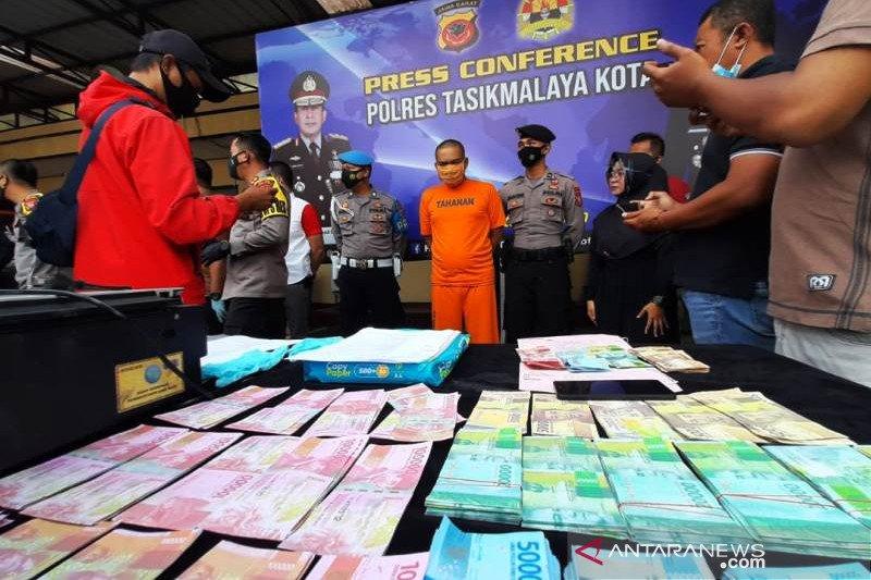 Polisi ungkap penjualan uang palsu lewat medsos di Tasikmalaya