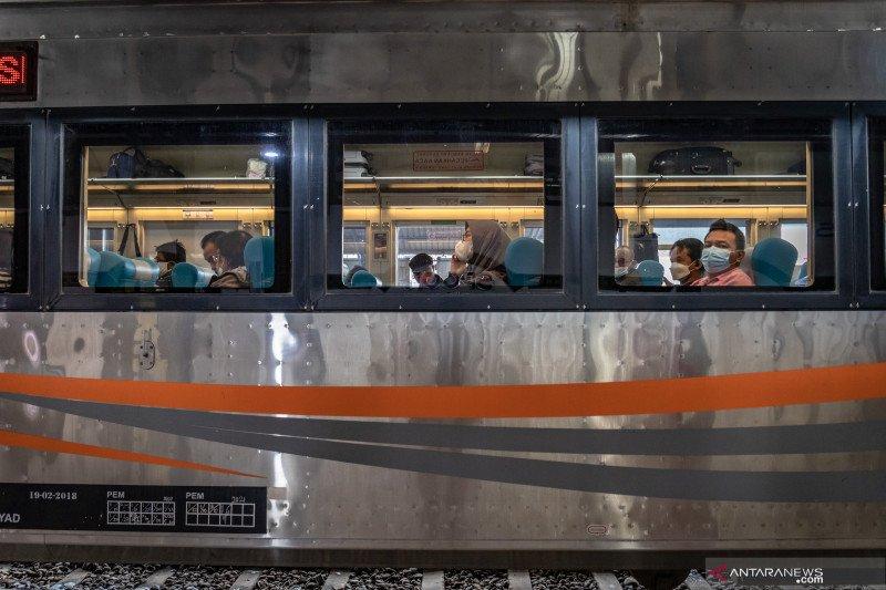 KAI melayani penumpang yang dikecualikan pada masa peniadaan mudik