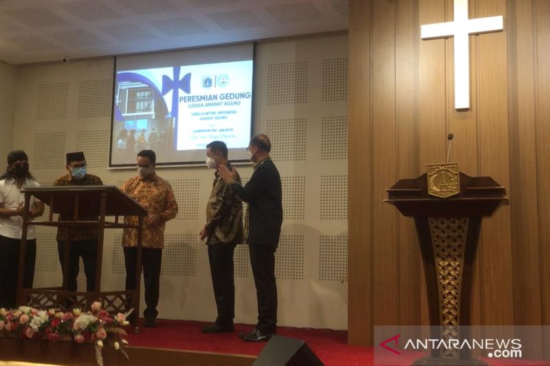 Anies Baswedan dan Gus Miftah resmikan gereja