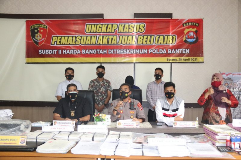Ditreskrimum Polda Banten ungkap ratusan AJB palsu