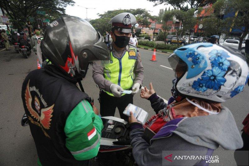 Pemkot Bandung memperketat pengawasan mobilitas warga
