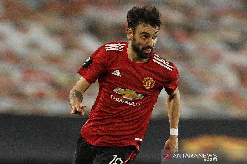 Bruno Fernandes menolak jemawa walau MU habis libas Roma 6-2