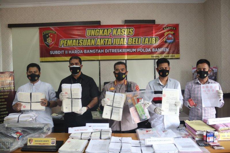 Satgas Mafia Tanah Polda Banten ungkap 690 AJB palsu