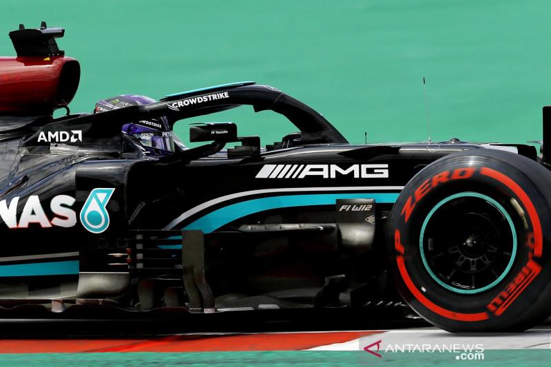 Mercedes modifikasi tombol 'ajaib'