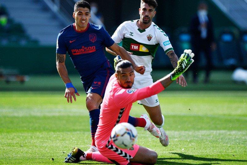 Atletico Madrid raih tiga poin penting setelah kalahkan Elche