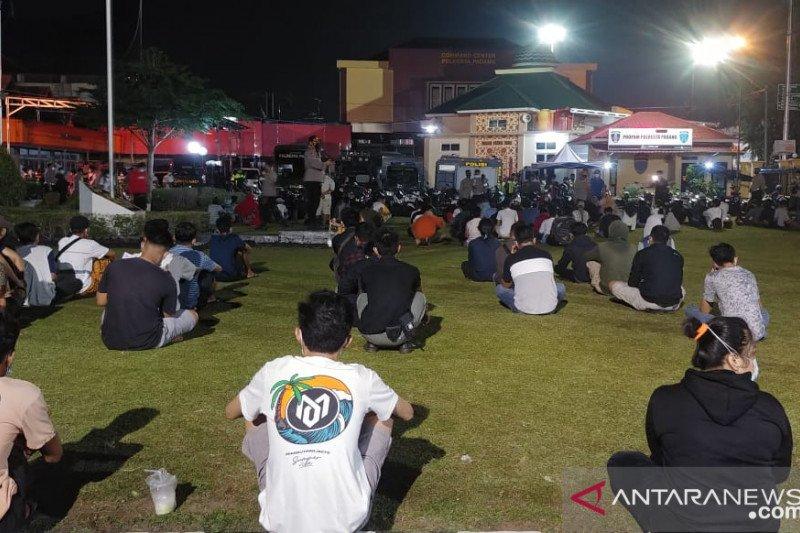 400 orang terciduk langgar prokes di Padang