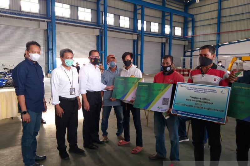 Pelindo IV bantu pembayaran iuran BPJS Ketenagakerjaan 560 nelayan Makassar