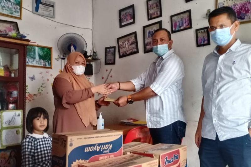 Serikat Buruh PTPN V Salurkan Sembako saat May Day
