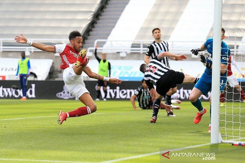 Arsenal kembali ke jalur kemenangan saat membungkam Newcastle