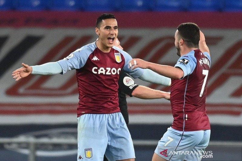 Aston Villa pecundangi Everton