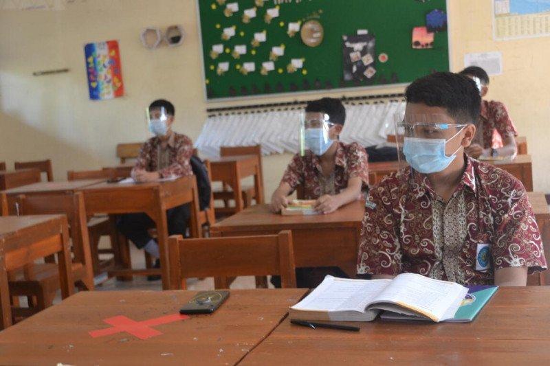 Menjaga api semangat untuk terus belajar di tengah pandemi  COVID-19