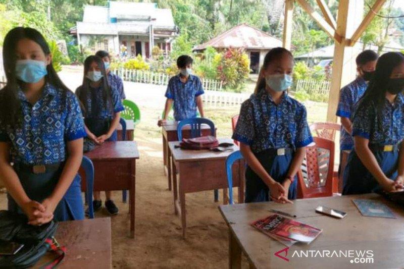Bupati Minahasa Tenggara apresiasi kinerja guru di saat pandemi COVID-19