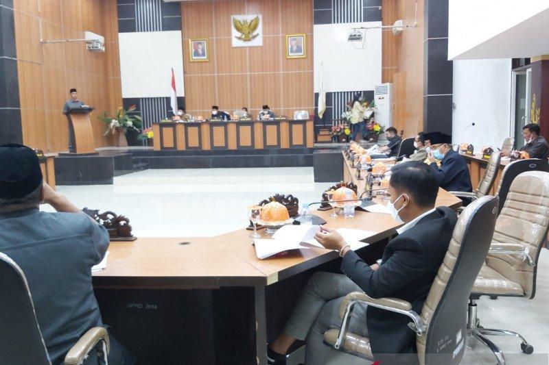 Seluruh fraksi DPRD Palu  setujui Raperda RTRW 2021-2041 menjadi perda