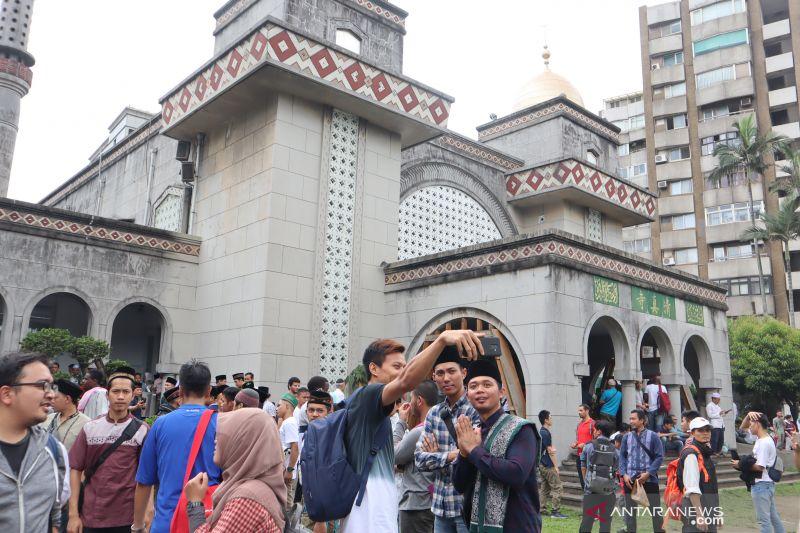 Masjid Besar Taipei ditutup setelah temuan kasus positif pada pilot WNI
