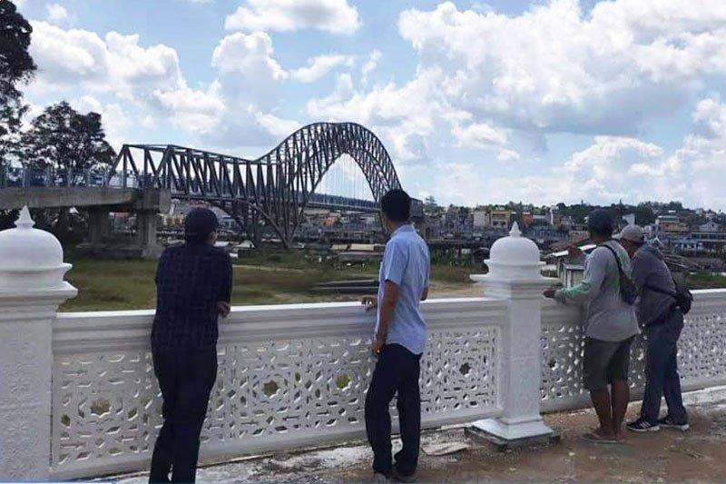 Pembangunan Islamic Center Barut dalam tahap penyelesaian akhir