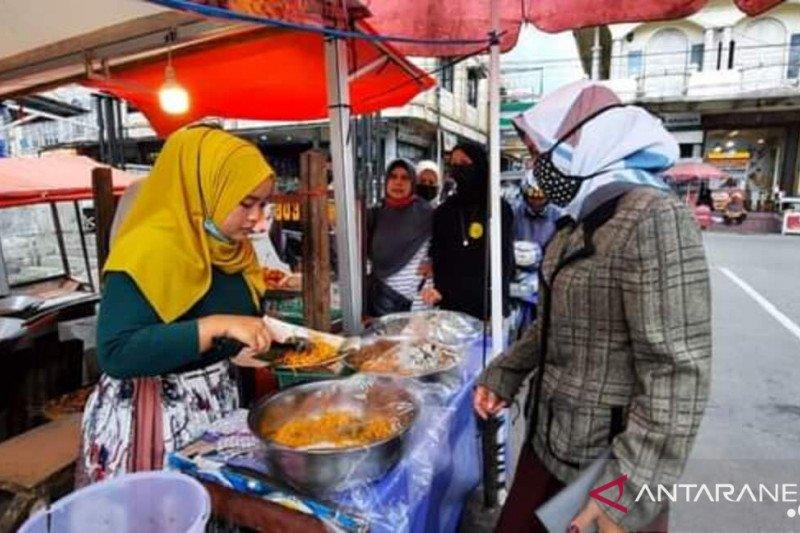 Paragede jaguang Buk Ani, jajanan Padang Panjang yang diminati